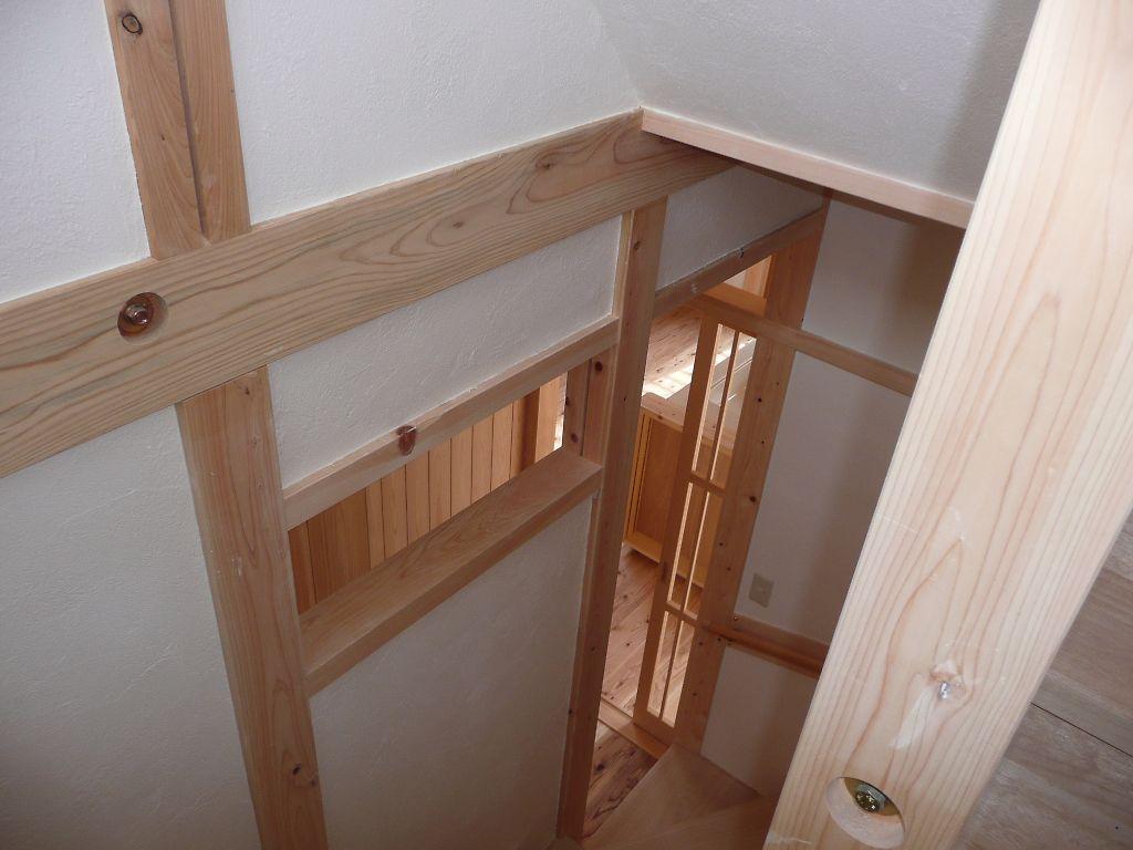 階段からの明かりとり