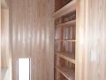 玄関収納と明かりとり窓