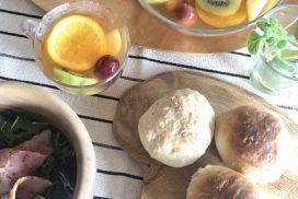 甘酒パンとフルーツティー